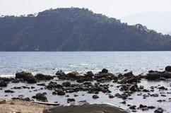 Mar Mediterrâneo, paisagem das montanhas Imagens de Stock