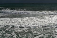 Mar Mediterraneo a gennaio immagini stock libere da diritti