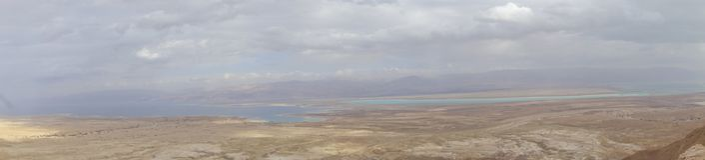 Mar Morto durante l'inverno dalla sommità di Masada Fotografie Stock