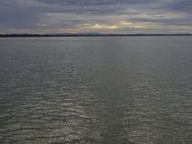 Mar no céu da manhã Fotos de Stock