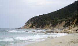 Mar no inverno antes da tempestade Paisagem de Sardinia Foto de Stock Royalty Free