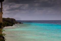 Mar - opiniones alrededor de la isla caribeña de Curaçao imagen de archivo libre de regalías