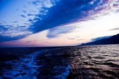 Mar oscuro Imagen de archivo