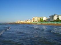 Mar, praia e hotéis Foto de Stock Royalty Free