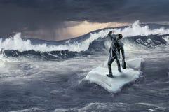 Mar que practica surf en masa de hielo flotante de hielo Técnicas mixtas Imagen de archivo