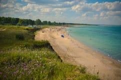 Mar selvagem de Bulgária da praia de Krapetz do panorama Fotos de Stock