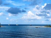Mar separado em Koh Nang Yuan, Tailândia imagens de stock royalty free