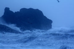 Mar tempestuoso áspero Fotos de archivo libres de regalías