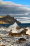 Mar tempestuoso Imágenes de archivo libres de regalías