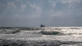 Mar tormentoso filme