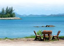 Mar tropical con el lugar del resto fotografía de archivo