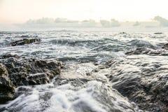 Mar, vintage uma foto e cores pastel macias da onda foco do solf Foto de Stock