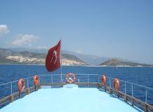 Mar y barco Imágenes de archivo libres de regalías