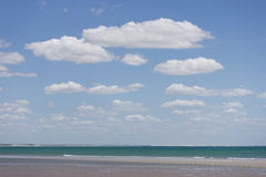 Mar y cielo Imágenes de archivo libres de regalías