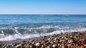 Mar y cielo azul almacen de metraje de vídeo