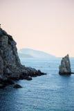 Mar y montañas en Crimea Imagen de archivo
