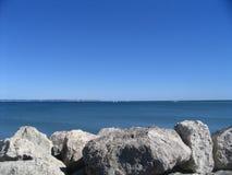 mar y piedra Fotografía de archivo libre de regalías