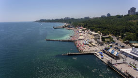 Mar y playa Odessa aérea, Ucrania Foto de archivo