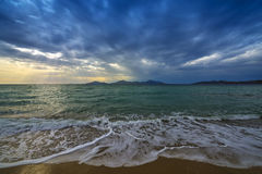 Mar y salida del sol Fotos de archivo libres de regalías