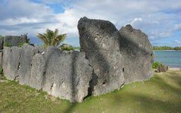 Marae de pedra Polinésia o Pacífico do litoral da estrutura fotos de stock royalty free