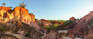 Marafa地狱` s厨房石头峭壁高分辨率全景  免版税图库摄影
