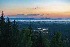 Marais de Konnu Suursoo, vue aérienne avant lever de soleil Image libre de droits