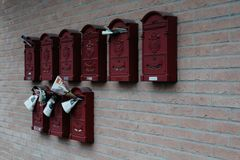 Maranello, Italia - 03 26 2013: Vista de las calles de Maranello foto de archivo