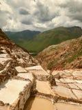 Maras-Salzbergwerke in Cuzco, Peru stockfotos