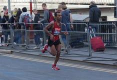 Maratón 2012 de Londres de la Virgen - Asmerom Imagen de archivo libre de regalías