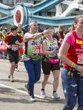 Maratón de Londres del dinero de la Virgen 24 de abril de 2016 imágenes de archivo libres de regalías