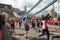 Maratón de Londres del dinero de la Virgen, el 24 de abril de 2016 Imagen de archivo