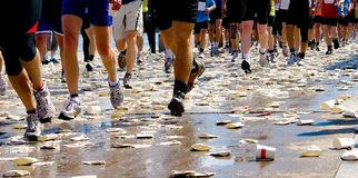 Maratón de los corredores foto de archivo