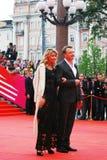 Marat Basharov en Ekaterina Arkharova bij XXXVI Internationaal de Filmfestival van Moskou Royalty-vrije Stock Fotografie