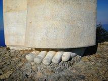 Maratea - Fuß der Statue von Christus der Erlöser Lizenzfreie Stockfotos