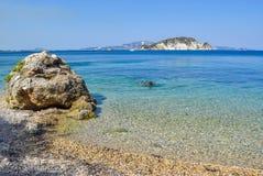 Marathias strand, Zakynthos ö, Grekland fotografering för bildbyråer
