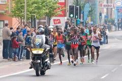 Marathon 2011 de Londres - athlètes d'hommes d'élite Photographie stock libre de droits