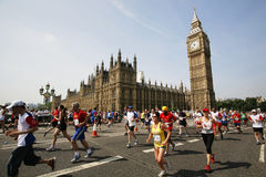 2013, Marathon Briten 10km London Lizenzfreie Stockbilder
