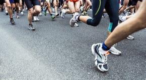 Marathon courant de gens Photos stock