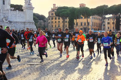 Marathon in Rom, Italien lizenzfreie stockbilder