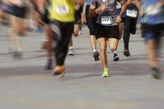 Marathoniens dans la course, abstraite Photos stock