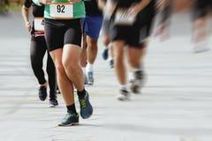 Marathoniens dans la course, abstraite Photographie stock