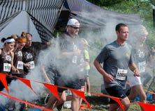 Marathonrennläuferanfangsbetrieb Stockfotografie