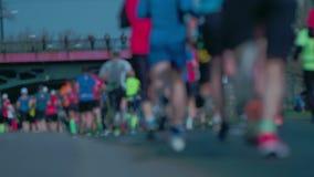 Maratona corrente Movimento vago cityscape video d archivio