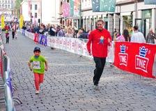 A maratona das crianças em Oslo, Noruega Foto de Stock Royalty Free