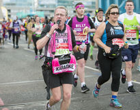 Maratona de Londres do dinheiro do Virgin 24 de abril de 2016 imagens de stock royalty free