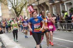 Maratona de Londres do dinheiro do Virgin 24 de abril de 2016 Foto de Stock Royalty Free
