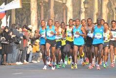 Maratona de Parigi Fotografie Stock Libere da Diritti