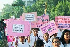 Maratona di Pinkathon per consapevolezza India del cancro Immagini Stock Libere da Diritti