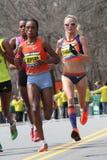 Maratona fêmea 2013 de Boston dos corredores da elite Imagens de Stock
