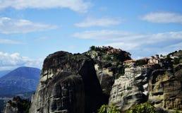 Maravilla de Meteora de la montaña del mundo en los monasterios de Grecia en las rocas Fotografía de archivo libre de regalías